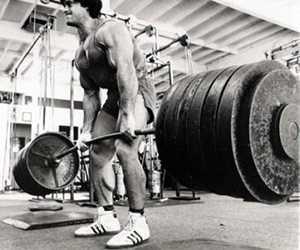 Musculação é muito mais do que simplesmente puxar ferro